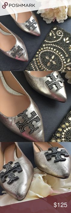 ✨PM EDITOR PICK✨Tory Burch Kellen metallic flats Gorgeous Tory Butch flats in great condition! Does come with original box. ✨PM EDITOR PICK 5.12.17✨ Tory Burch Shoes Flats & Loafers