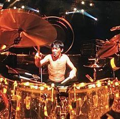 Alex Van Halen, Eddie Van Halen, You Really Got Me, Drum Kits, Cool Bands, Hard Rock, Rock And Roll, Drums, Concert
