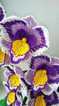 Деревья и цветы из Бисера Seed Bead Flowers, French Beaded Flowers, Wire Flowers, Victorian Flowers, Crochet Flower Tutorial, Crochet Flowers, Loom Beading, Beading Patterns, Lys Calla