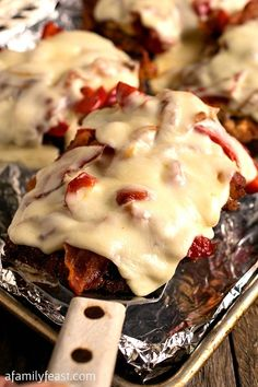 Chicken Pepper Bacon Melts - Tender fried chicken layered with roasted peppers, bacon and cheese! An easy, delicious weeknight meal. A Family Feast Bacon Recipes, Chicken Recipes, Cooking Recipes, Turkey Recipes, Recipe Chicken, Paleo Recipes, Great Recipes, Favorite Recipes, Delicious Recipes