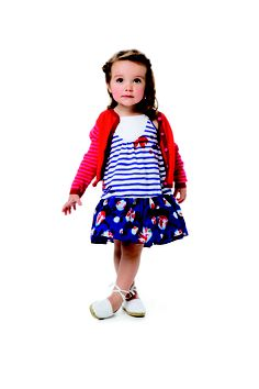 Catimini collection for girls a mix of colors, fabrics and prints : high-end and outstanding clothes for girls years. Kids Wear, Children Wear, Color Mixing, Toddler Girl, Snow White, Girl Outfits, Baby, Spring Summer, Summer Dresses