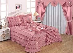 lüks yatak örtüsü modelleri 2016 - Recherche Google Fold Bed Sheets, Curtains And Draperies, Perfect Pink, Beautiful Bedrooms, Bed Covers, Bed Spreads, Comforter Sets, Luxury Bedding, Linen Bedding