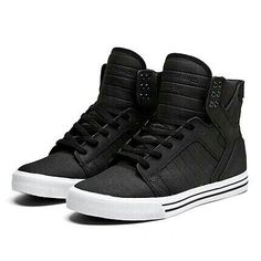 Classic Black Supras! What you think Niall? Maybe white supras or in another colour maybe blue or red!