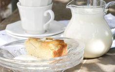 Vaniljakastike piirakalle Sugar Bowl, Bowl Set, Desserts, Food, Tailgate Desserts, Deserts, Essen, Postres, Meals