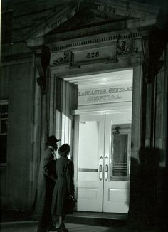 The entrance to Lancaster General Health in the 1940s.
