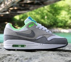 Hot sale. Get your running shoes at our store.It is a wise choice. 2014airmaxstores nikeshoes
