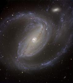 Spiral Galaxy NGC 1097 [2296 x 2592] http://ift.tt/2e8LZ37