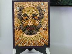 A self portrait made from macaroni was the last piece of art Jim Taliana left to the world. A loving husband, father and local artist, Taliana was remembered for as many things colorful and diverse as the assorted pasta, beans and popcorn kernels. Pasta Kunst, Macaroni Art, Pasta Art, Boothbay Harbor, Rainy Day Crafts, Edible Art, Local Artists, Artsy Fartsy, Art Inspo