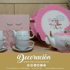 El #PaisdelasMaravillas de las #teteras de #BlancoAzazhar #Decoración. ¿Te tomas un té con nosostros? ☕️