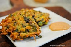 Potato fritters: 4 medium potatoes, grated & squeezed dry 1 cup corn, defrosted 1 jalapeño, finely chopped 4 green onions, finely chopped cup chopped cilantro 1 large egg cup all-purpose flour 1 tsp salt tsp pepper Corn Fritters Healthy, Potato Fritters, Salmon And Sweet Potato, Sweet Potato Hash, Great Recipes, Healthy Recipes, Delish, Breakfast Recipes, Potatoes