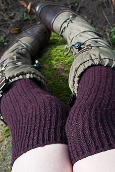 Bess Cashmere Slouch Rib Knee Socks in Merlot. Thigh High Socks, Knee Socks, Thigh Highs, Knee Highs, Brown Tights, Winter Socks, Cozy Winter, Colorful Socks, High Knees