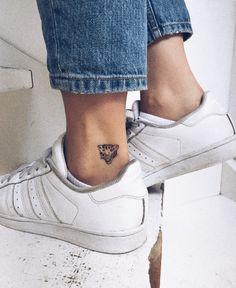 10 Minimalist Tattoo Designs For Your First Tattoo - Spat Starctic Mini Tattoos, Red Ink Tattoos, Leo Tattoos, Cute Tattoos, Body Art Tattoos, Small Tattoos, Tatoos, Think Tattoo, Tattoo On