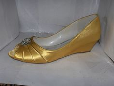 PINK PARADOX LONDON YELLOW SATIN WEDGE HEELS WITH BROACH SIZE 7.5/38 OPEN TOE #PINKPARADOXLONDON #PlatformsWedges