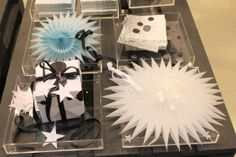 Flakes/Crystal Grey/Blue, Spots Napkins, Handmade Art Paper, Confetti Dots & Glitter Garland. #RieEliseLarsen
