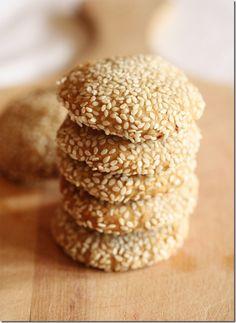Sweet Sesame Cookies: Vegan & Honey Free. Sweetening Options for Everyone!