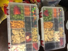 Great idea for packing kids snacks  on a road trip