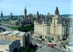 Parliament Buildings and The Fairmont Chateau Laurier Hotel (right ...