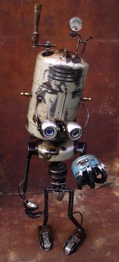 Johann Gosselet aka jOh' assembles metal rejections to restore their life. Let's discover the endearing eyes of his characters so offset and so crazy. Recycled Robot, Recycled Art, Cool Robots, Robots Robots, Steampunk Robots, Metal Robot, Arte Robot, Sculpture Metal, Found Object Art