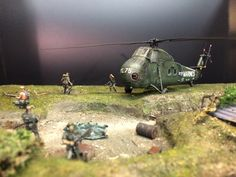 """Diorama 1/72 """"The Rescue"""" Vietnam 1971. By Erik Westberg 1:72 1/35 1:35 US Marines Italeri Sea Horse Special Forces. Made for the Italeri on-line contest 2016 """"Helicopters and Air planes"""" #diorama #italeri #1/72 #1:72"""
