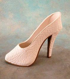 Fondant/gumpaste shoe cake topper by cakedreamsbyiris on Etsy, $50.00