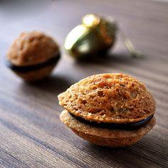 Shortbread Walnut Sandwich Cookies