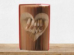 """Deko-Objekte - """"Love"""" - Gefaltetes Buch - ein Designerstück von KlausUndSo bei DaWanda"""