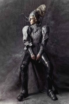 Queen of Kings photoshoot