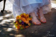Orange wedding theme? Orange shoes...pretty...