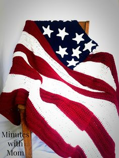 Looking for an easy to make American Flag Blanket? Checkout this FREE pattern for my easy Flag Blanket throw! You will love how gorgeous it looks!
