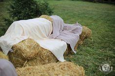 диван из сена на лаунж