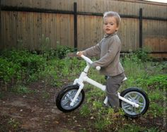Ben rides a runbike (1 из 1)