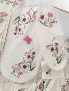 Embroidery Motifs, Embroidery Designs, Dress Design Sketches, Flower Coloring Pages, Brazilian Embroidery, Bargello, Cotton Dresses, Boho Shorts, Designer Dresses
