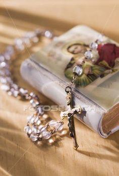 MEXICAN WEDDING TRADITION Biblia Y Rosario)
