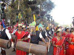 Dandamis madiyas. Nouvel article sur le blog, avec toutes les photos qui ont permis de remporter le prix d'excellence décerné par l'office de tourisme du #Chhattisgarh : les tribus, le Maharaja, les chutes de #Chitrakoot...