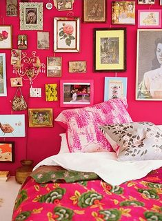 外国の大人かわいい♪カラフルなベッドルームのインテリア30