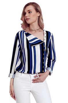 Blue White Black Striped Asymmetric Button Down Shirt Blau Weiß Schwarz Gestreiftes asymmetrisches H Athleisure Trend, Stylish Jeans, Stylish Shirts, Casual Chic, Blue And White Shirt, Casual Outfits, Fashion Outfits, Fashion 2017, Casual Pants