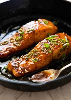 A spectacular way to serve salmon which is crazy fast, crazy easy and crazy delicious! Honey Garlic Salmon www.recipetineats… A spectacular way to serve salmon which is crazy fast, crazy easy and crazy delicious! Honey Garlic Salmon www. Salmon Dishes, Seafood Dishes, Seafood Recipes, Cooking Recipes, Healthy Recipes, Seafood Pasta, Honey Recipes, Cooking Hacks, Fish Dishes