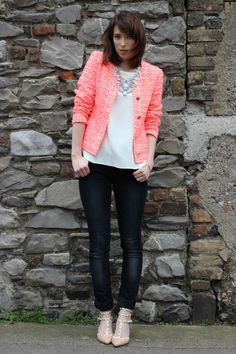 Blogger Ciara O Doherty in the Yumi Boucle Jacket Philly Style 97f973dbd8e