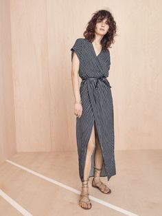 madewell wrap-front dress worn with the boardwalk lace-up sandal + full-circle belt.
