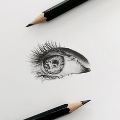 Unfortunately my illness has meant I haven't been able to draw much recently - so in lieu of new work here's the eye I drew back in November. Hopefully I'll be able to get try pencil again soon :) . . __ . #eye #eyes #eyedrawing #pencil #pencildrawing #pencilart #pencils #realism #illustration #graphite #art #artist #drawing #artsharing #instaart #freehand #bw #blackandwhite #art_spotlight #artistsoninstagram #aartistic_dreamers #young_artists_help #spotlightonartists #worldofpencils…