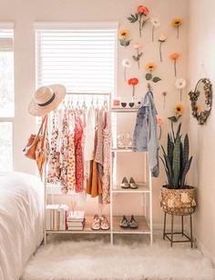 bedroom-teenage-master-bedroom-makeover-white-bedroom-ideas-bedroom-decor-green-modern-bedroom-ceiling-bedroom-design-bed-luxury-bedroom-r/ SULTANGAZI SEARCH Cozy Dorm Room, Dorm Room Closet, Dorm Room Designs, College Dorm Decorations, Diy Dorm Decor, College Room Decor, Room Decorations, Cute Room Decor, Room Decor Boho