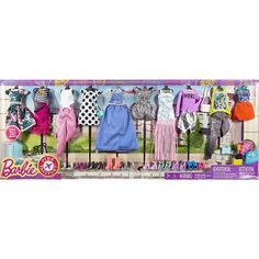 """2017 Barbie Pink Passport Fashion Doll Outfits - 10 Pack - Mattel - Toys """"R"""" Us Exclusive Barbie 2000, Barbie Sets, Mattel Barbie, Barbie And Ken, Barbie Dolls, Toys R Us, Barbie Bike, Barbie Pink Passport, Original Barbie Doll"""