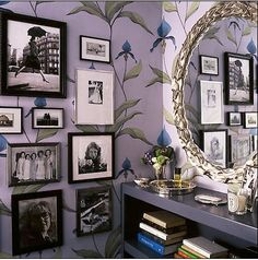I love the vintage look wallpaper Modern Shabby Chic, Shabby Chic Homes, Shabby Chic Decor, Bohemian Decor, Interior Exterior, Home Interior Design, Granny Chic Decor, Art Nouveau Wallpaper, Look Wallpaper