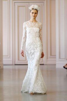 Oscar de la Renta Bridal Spring 2016. See the entire collection here http://static.weddingchicks.com/oscar-de-la-renta-bridal-spring-2016/