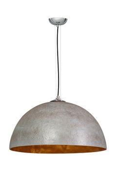 Trendy hanglamp in de kleur beton grijs met een een zilveren of gouden binnenkant voor een prachtig licht spektakel. Lampshades, Interior Lighting, Restaurant Design, Interior Design Kitchen, Kitchen Lighting, Living Room Designs, Light Fixtures, Diy Home Decor, Table