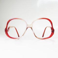 25% OFF 1970s Avant Garde Eyeglasses Crimson by OliverandAlexa
