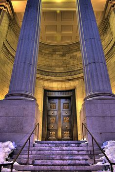 The entrance to the Québec Court of Appeal in Montréal, Québec, Canada