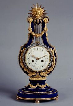 Louis XVI Lyre Clock In Sèvres Cobalt Blue Porcelain Within Fine Ormolu Mounts - French   c.18th Century  (Louis XVI Period)