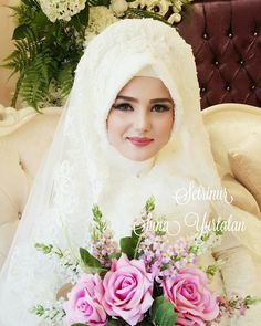Likes, 90 Comments – Gelinlik, Gelin Başı, Makyaj (Setr-i Nur) on Instag… Wedding Abaya, Muslimah Wedding, Muslim Wedding Dresses, Muslim Brides, Wedding Bride, Bridal Dresses, Wedding Gowns, Muslim Girls, Beautiful Hijab