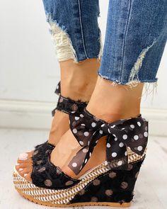 Shop Sexy Trending Pumps & Heels – IVRose offers the best women's fashion Pumps & Heels deals Trend Fashion, Fashion Shoes, Womens Fashion, Fashion Dresses, Style Fashion, Fashion Guide, Emo Fashion, Fashion Watches, Fashion Clothes
